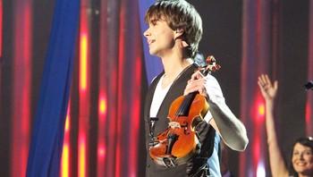 Fela til Alexander Rybak på Nobelkonserten