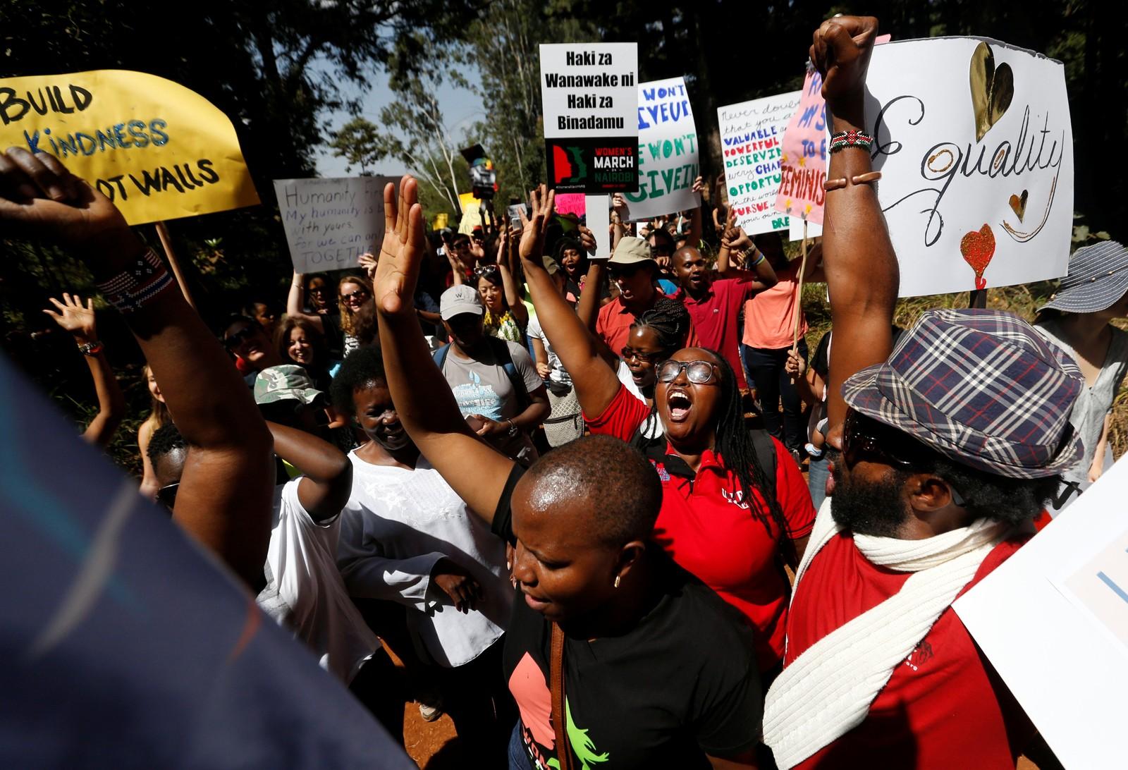 Også i Kenyas hovedstad Nairobi, samlet folk seg til kvinnemarsj.
