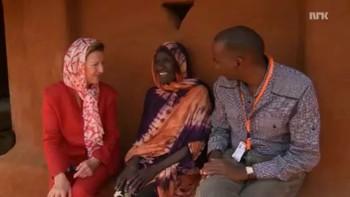 Video Dronning Sonja besøker Dadaab