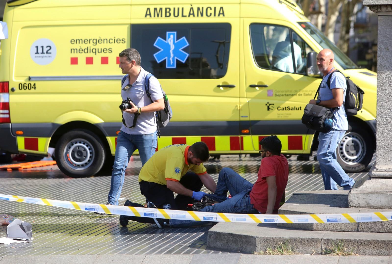 FLERE DREPTE OG SKADDE: Flere personer er drept og skadet etter at en varebil kjørte inn i en folkemengde i Barcelona, torsdag ettermiddag.