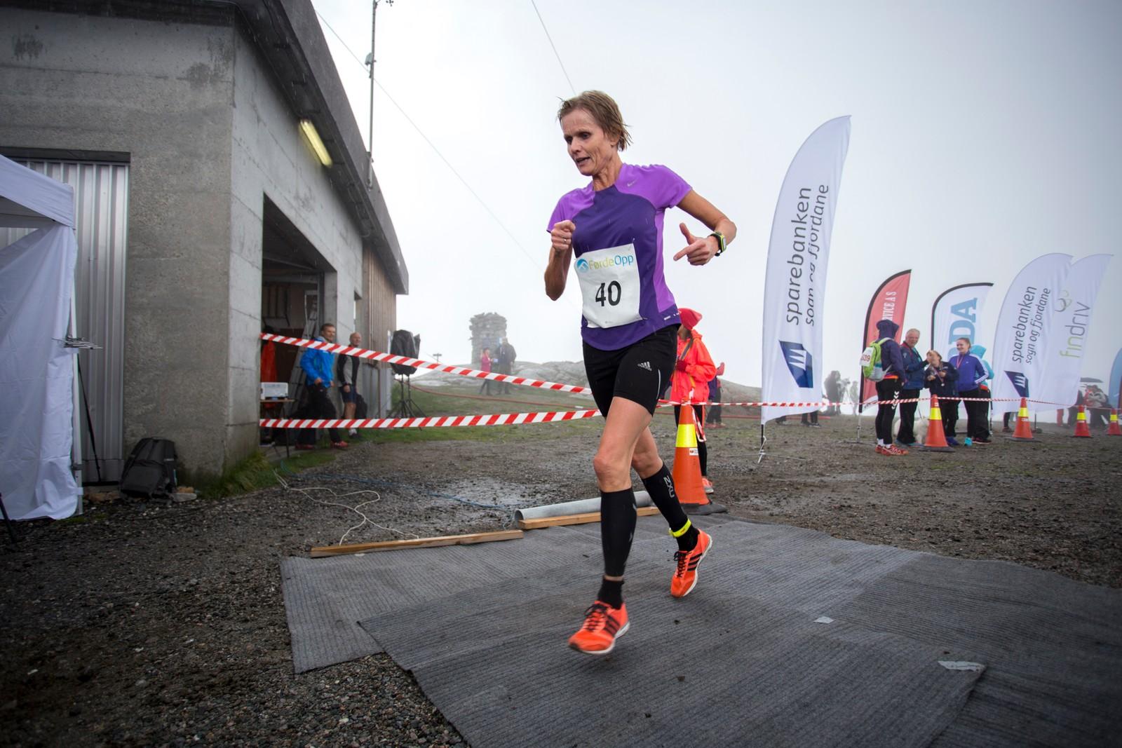 Norunn Stavø var den einaste til å konkurrere i sin klasse, kvinner 55-59, men var blant dei fyrste i mål.