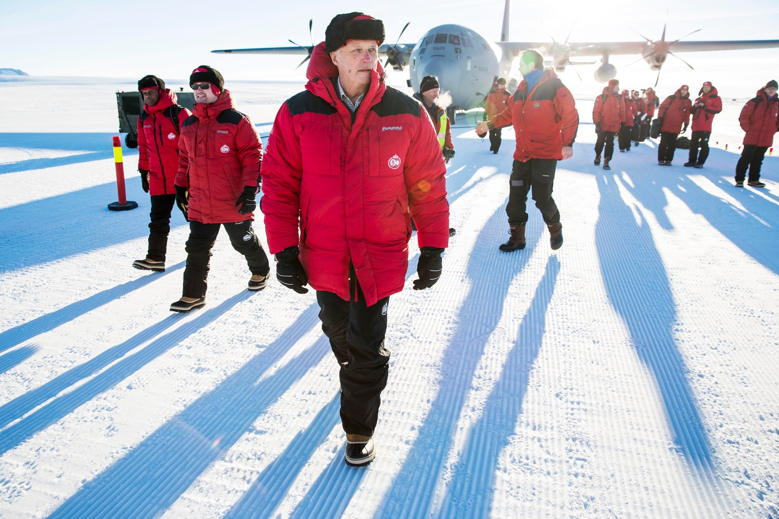 Kong Harald er som første norske konge på besøk i Dronning Maud Land i Antarktis.