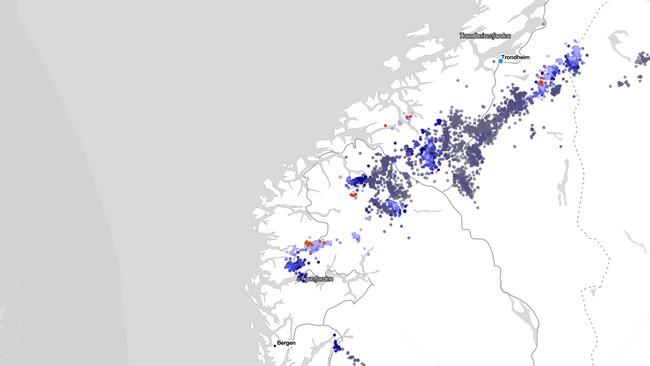 SKJERMDUMP FRA LYN.MET.NO TATT 25. JULI 2021 KLOKKA 19.05. Bildet viser lynnedslag dei siste seks timane før det.