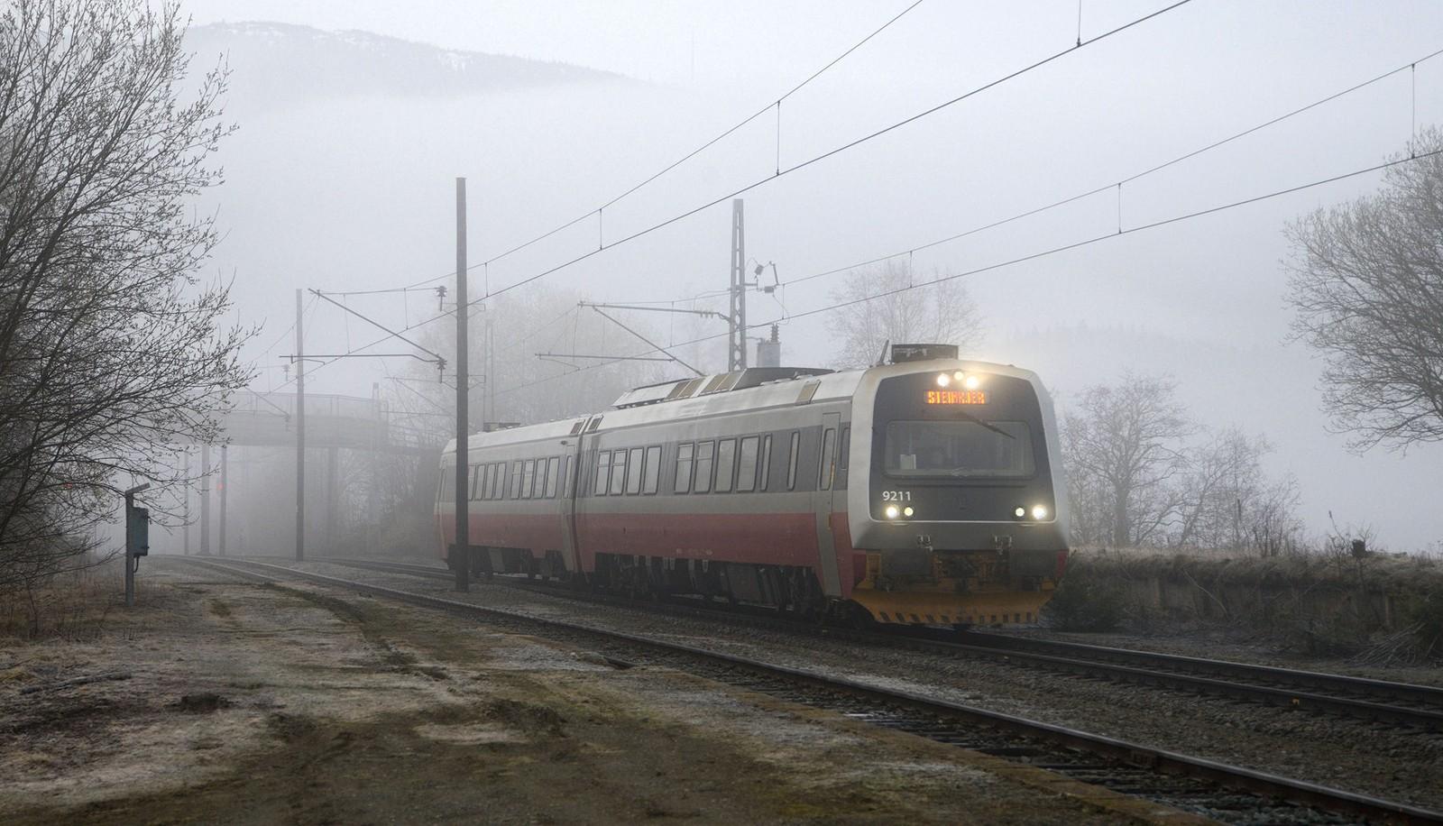 Skodde ved Nypan stasjon