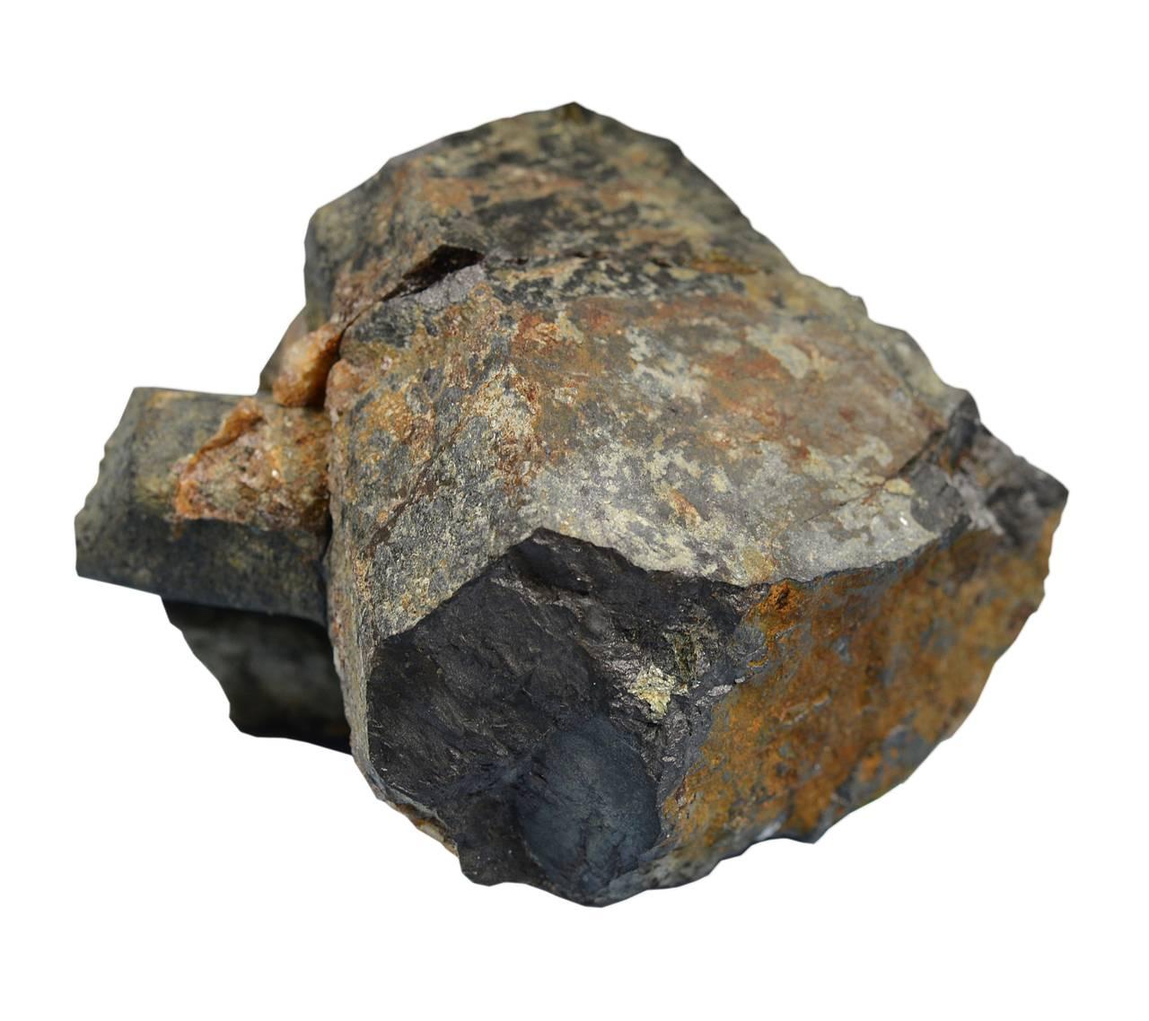 Titanoksyd lages fra mineralet ilmenitt