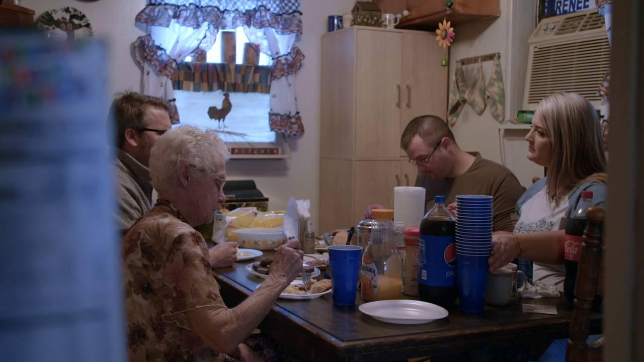 Thomas Seltzer møter Ciara Bowling og Blake Johnson i UXA-serien