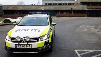 Politibil Vennesla videregående skole