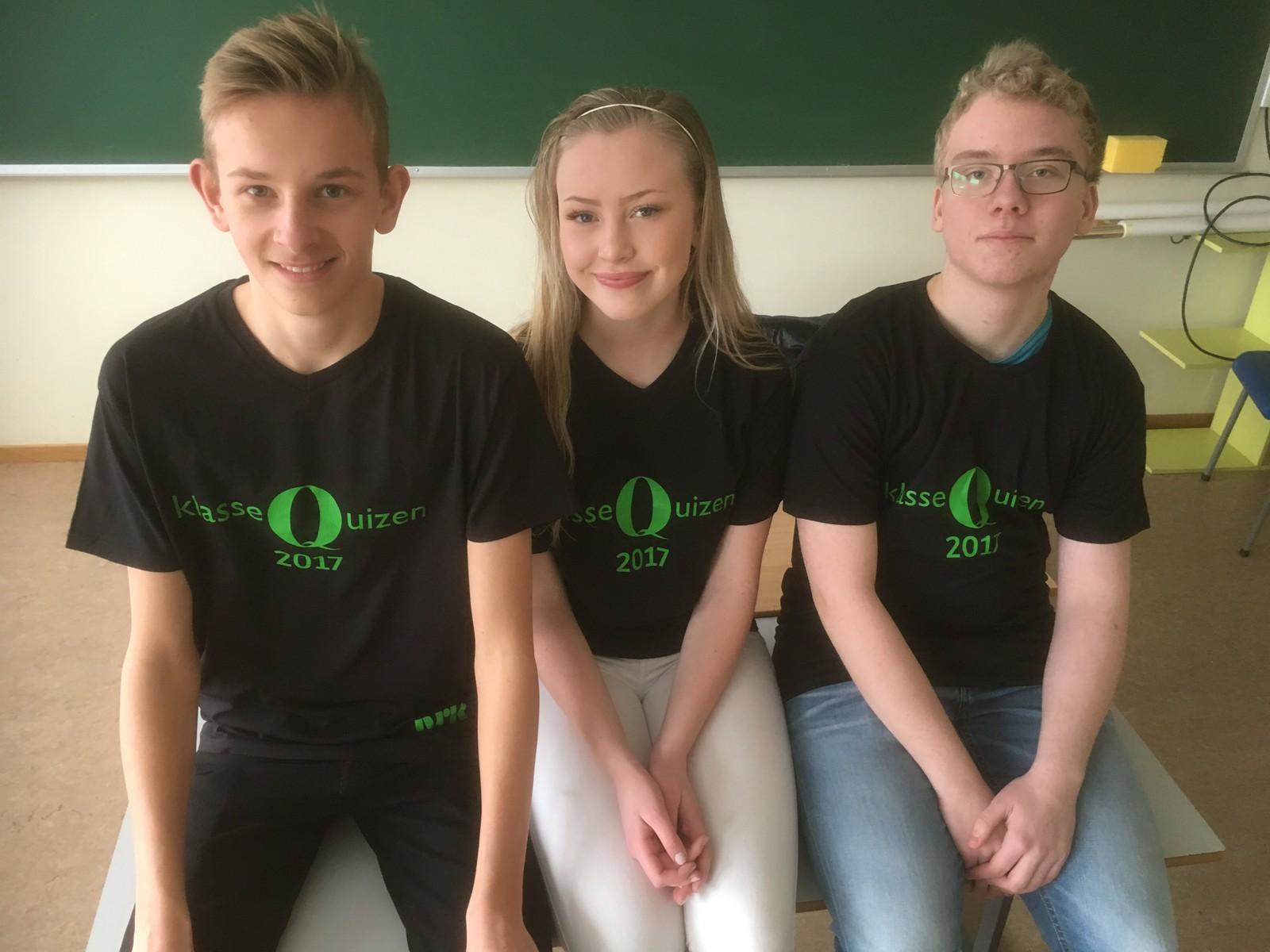 Jeppe Arnesen, Jenny Langseth Nygårdseter og Knut Egil Sjønneng Sjøen fra Sør-Odal ungdomsskole klarte 10 rette.