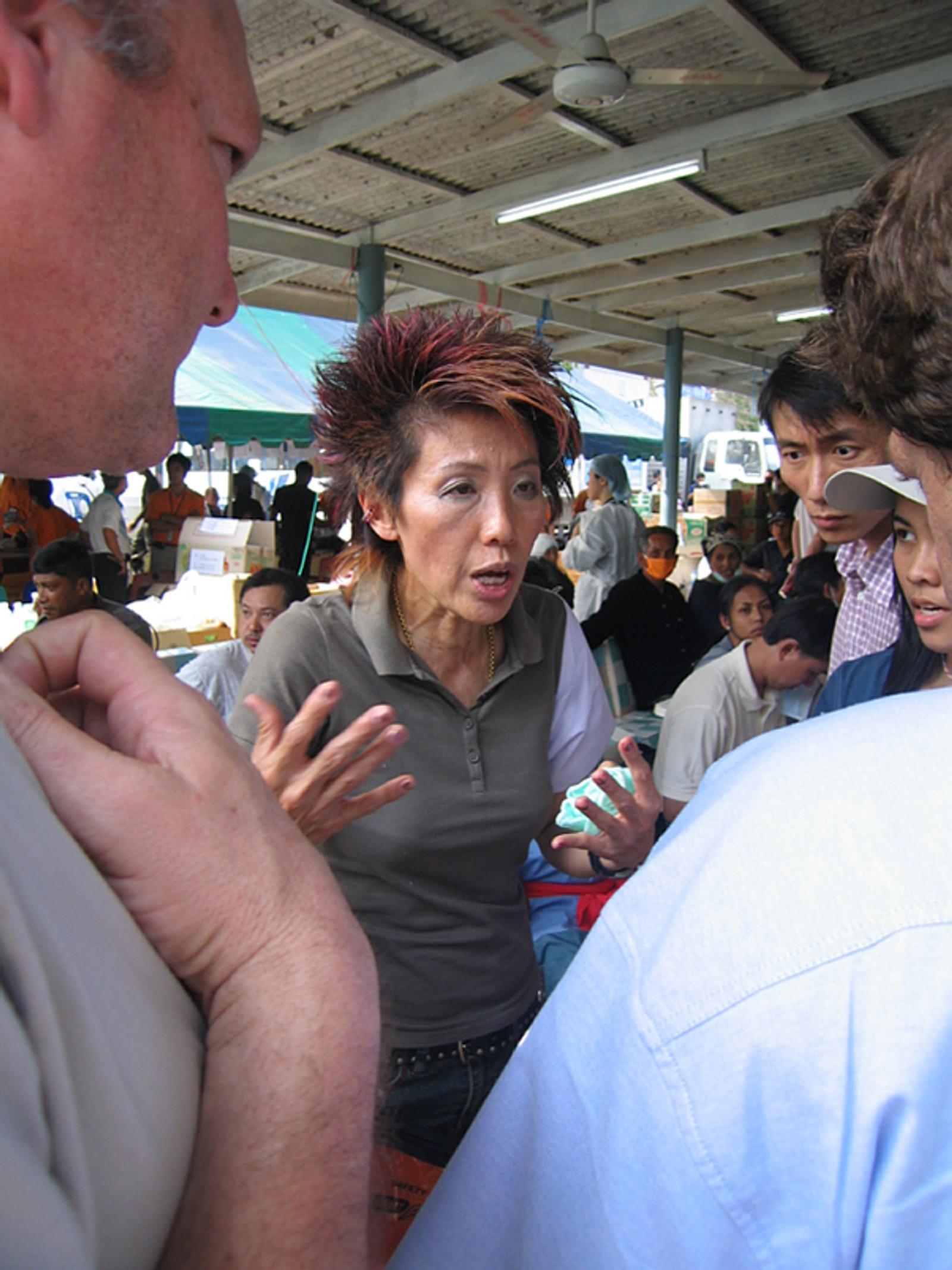 Lederen av de thailandske rettsmedisinerne.