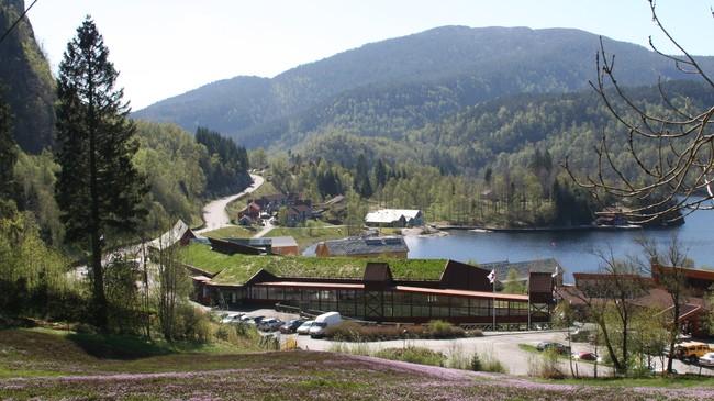 Hauglandsenteret og UWC. Foto: Ottar Starheim, NRK.