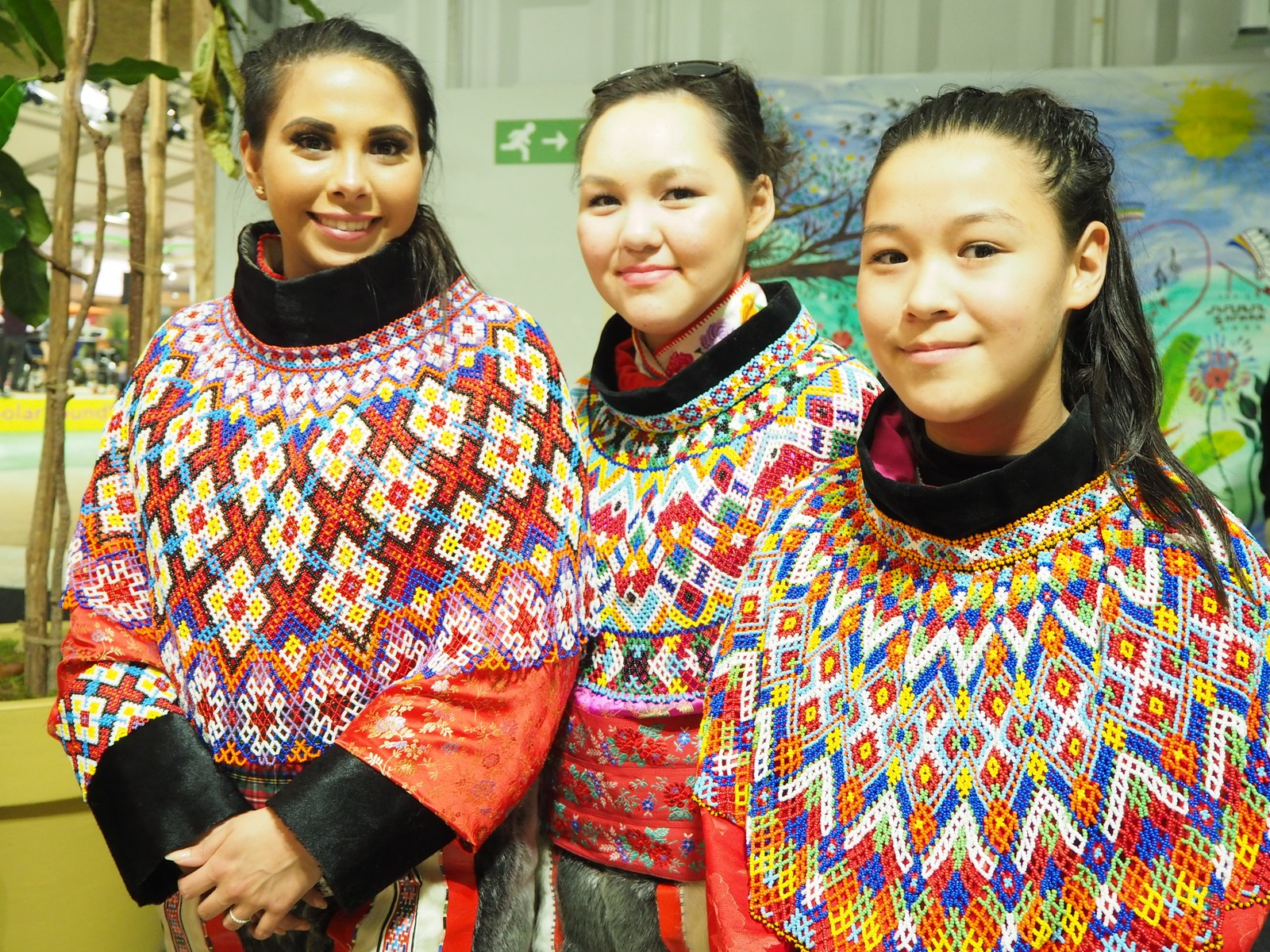 Det tradisjonelle festantrekket til inuittene fra Grønland.
