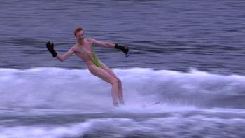 Erik Hansen stod på vannski i Borat-truse under Hurtigruten minutt for minutt