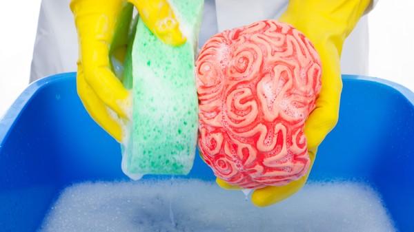 – Hjernen vasker seg selv om natta