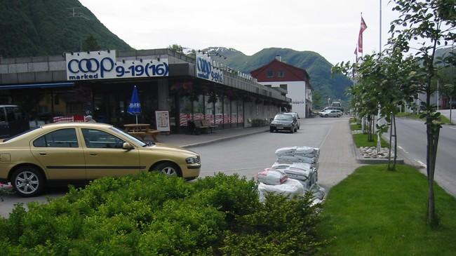 Coop Jølster på Skei. Foto: Ottar Starheim, NRK.