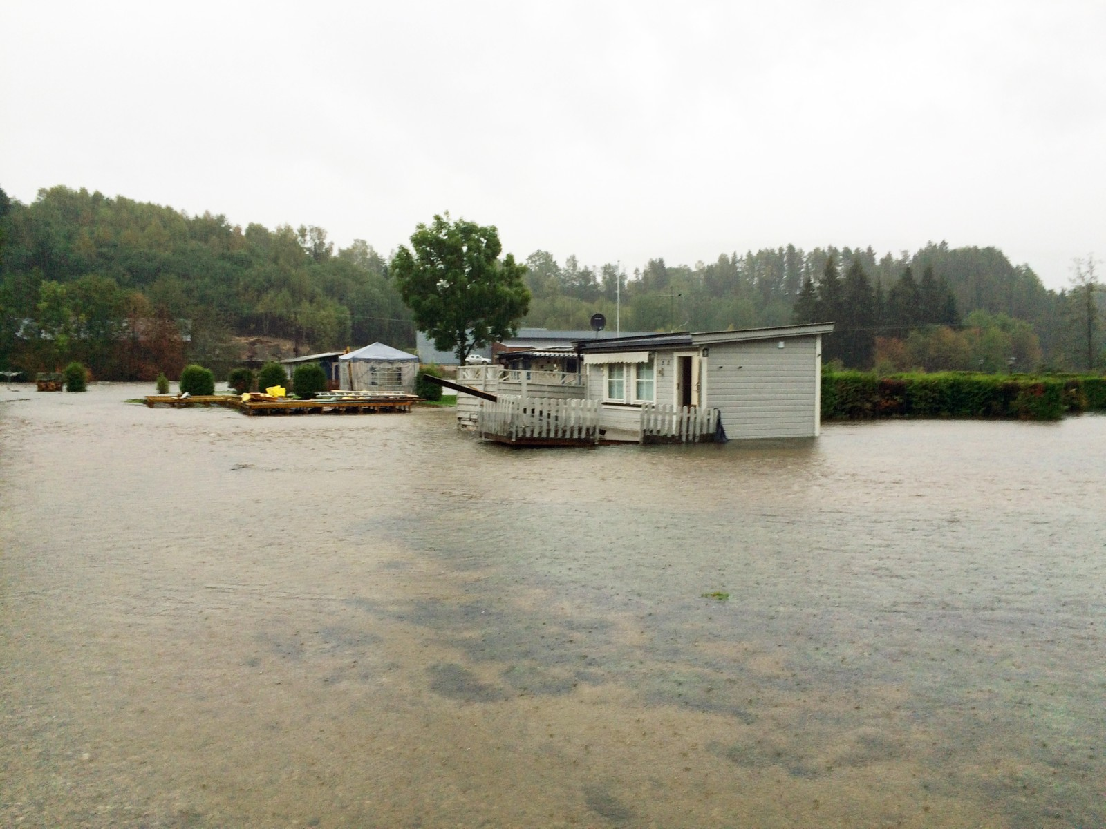 Åsgrav familiecamping i Bø er fullstendig oversvømt.