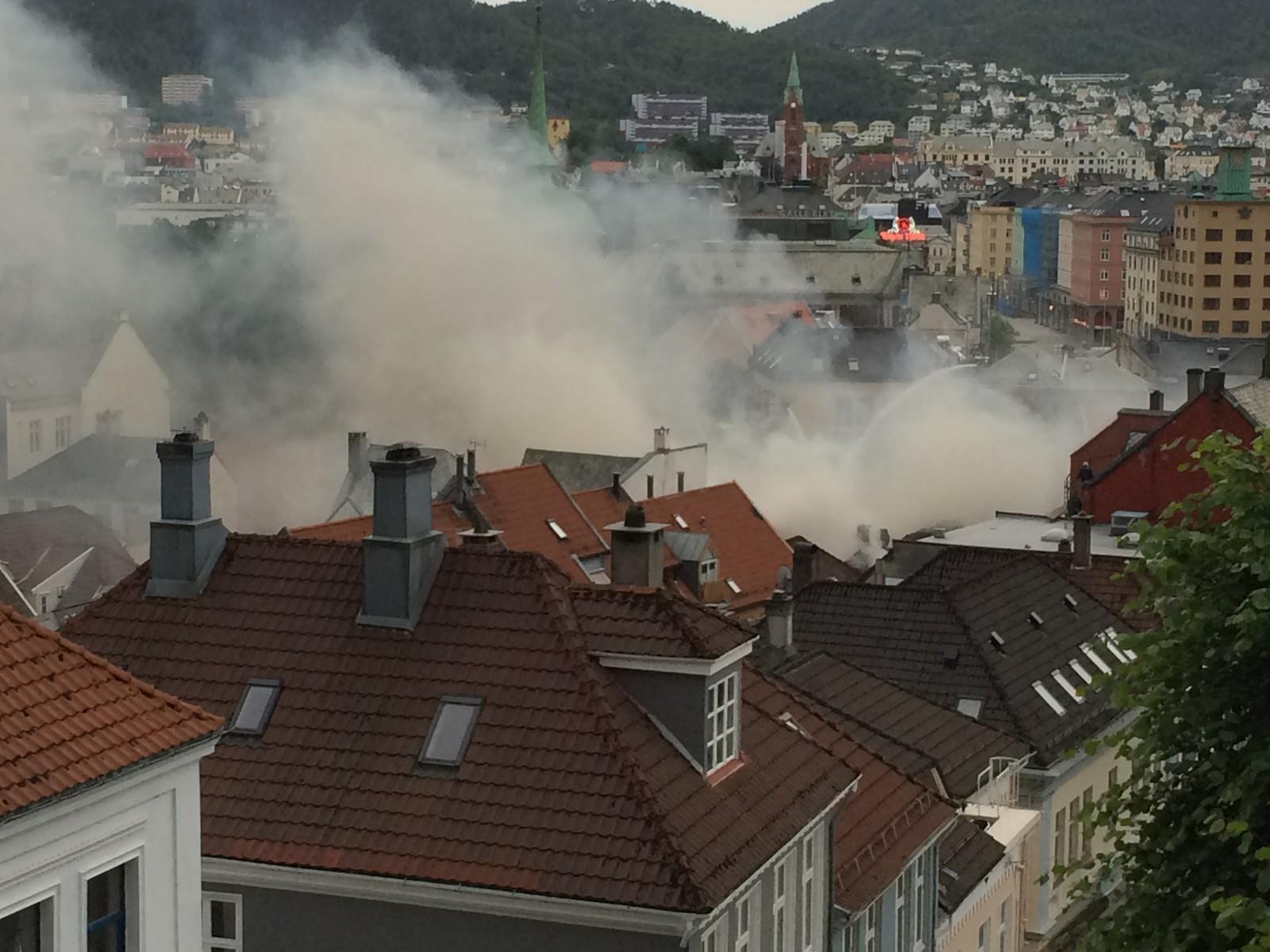 Området der det brenner defineres som et såkalt brannsmitteområde.