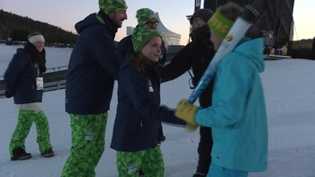 Prinsesse Ingrid Alexandra skal tenne OL-ilden. Torsdag øvde hun sammen med far Kronprins Haakon, som tente ilden i 1994. Kronprinsen er trygg på at datteren får en god opplæring før den høytidelige oppgaven.