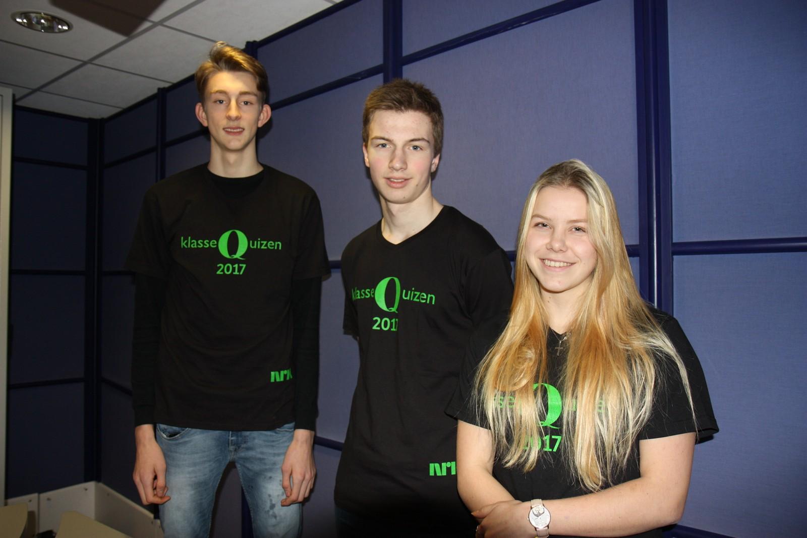 Elevene fra Skjold skule i Vindafjord leverte en strålende innsats og fikk hele 11 poeng. Fra venstre: Birge Nagal-Alne, Tor Martin Stolpe og Tonje Bjerga.