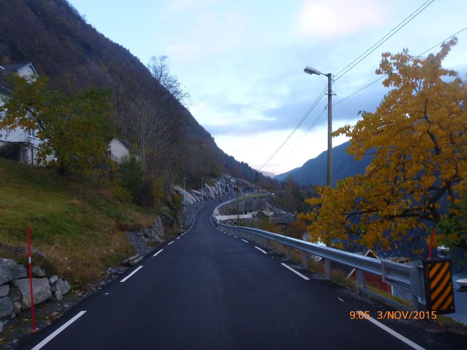 Fylkesveg 7 blir også nytta som omkøyringsveg når E16 mellom Bergen og Voss er stengt.