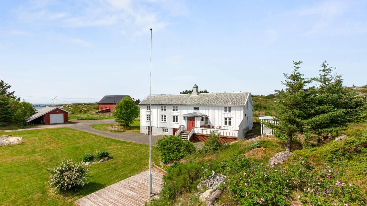 Bustadsal på Averøy