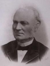Hugo Lous var første direktøren.