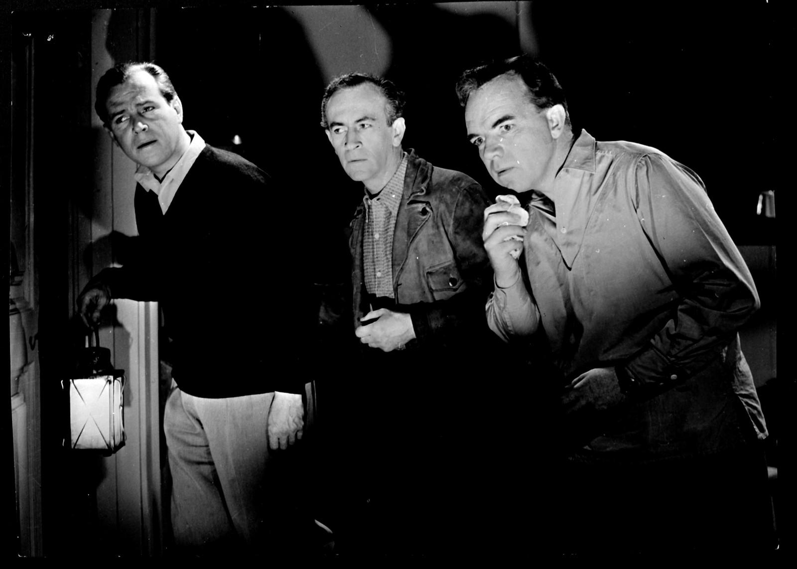 krim-, thriller- og skrekkfilm fra 1958 regissert av Kåre Bergstrøm.