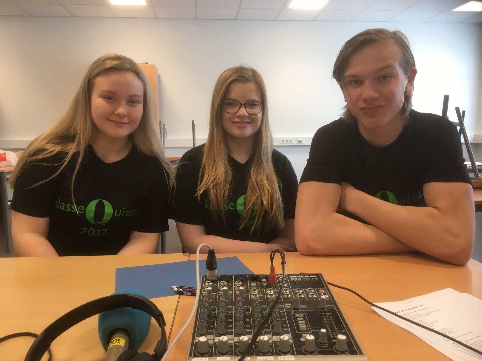Thea Urne, Maria Helmine Kvernemo og Eirik Marcelius Haug fra Tråstad ungdomsskole fikk ni poeng.