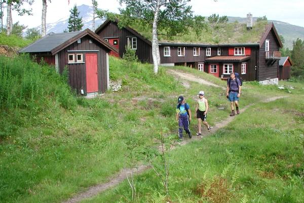 Trollheimshytta er et fint utgagnspunkt for toppturen til Geithøtta.  -  Foto: Trondhjems Turistforening