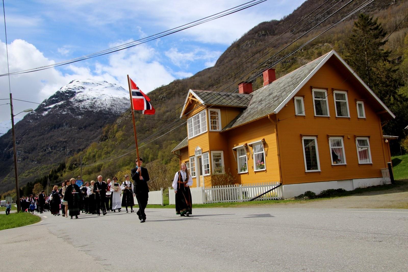 Borgund - Lærdal