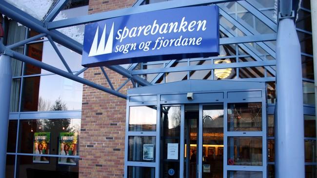 Sparebanken Sogn og Fjordane i Førde. Foto: NRK