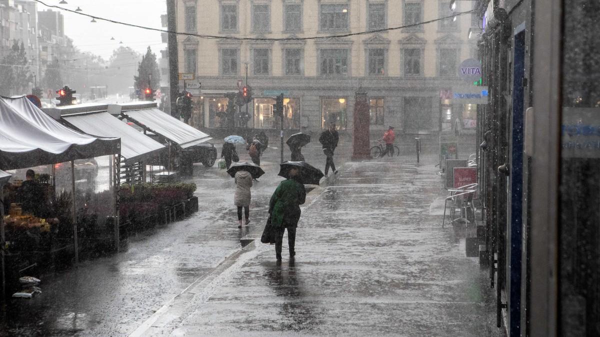 Kraftig regnvær