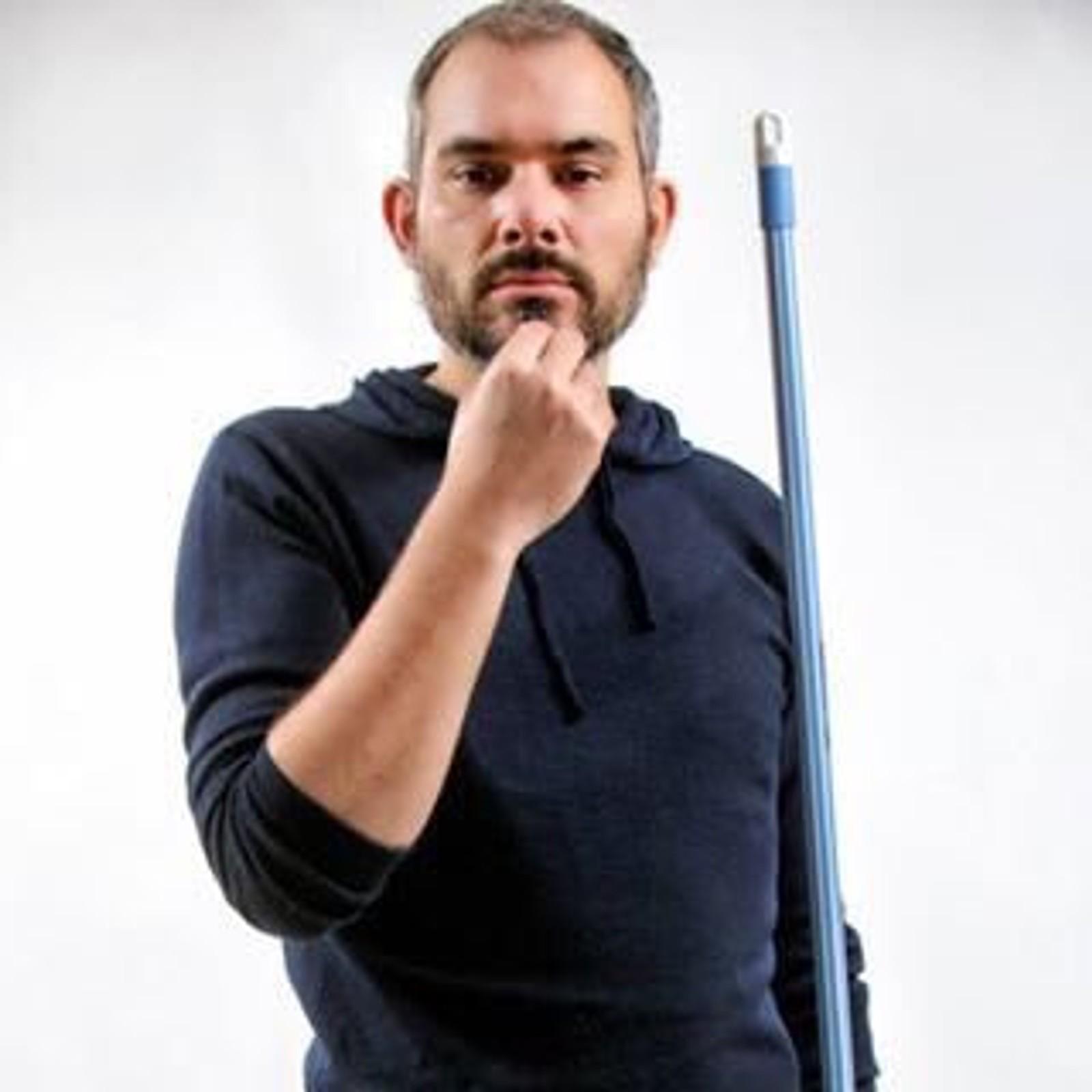 DREPT: Franske Germain Ferey (36) jobbet med visuell kommunikasjon. Germain var på Bataclan med kjæresten sin da han ble drept.