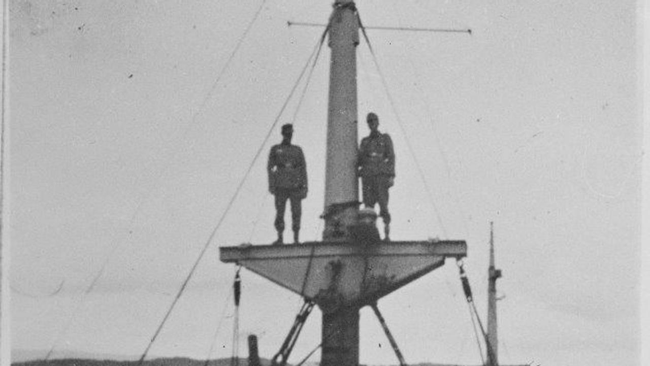 S/S Torne senket på Narvik havn. (Original bildetekst)