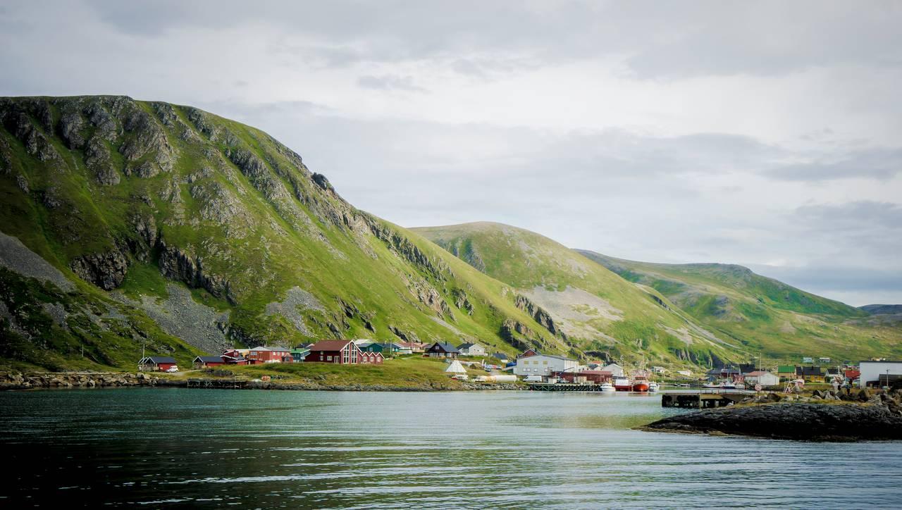 Sørøya, Sørvær