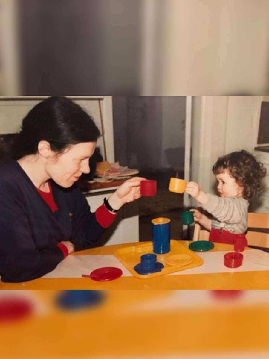 @multemor hyller sin mor