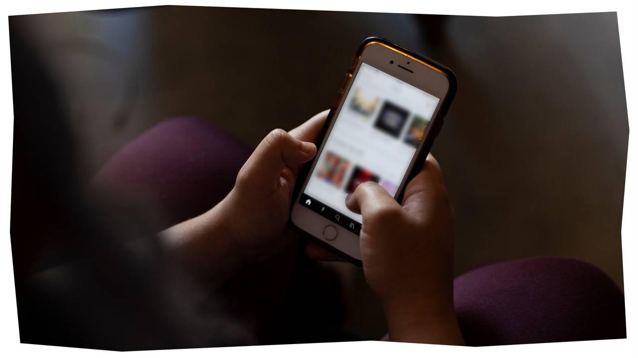 Nærbilde av Theas mobil.