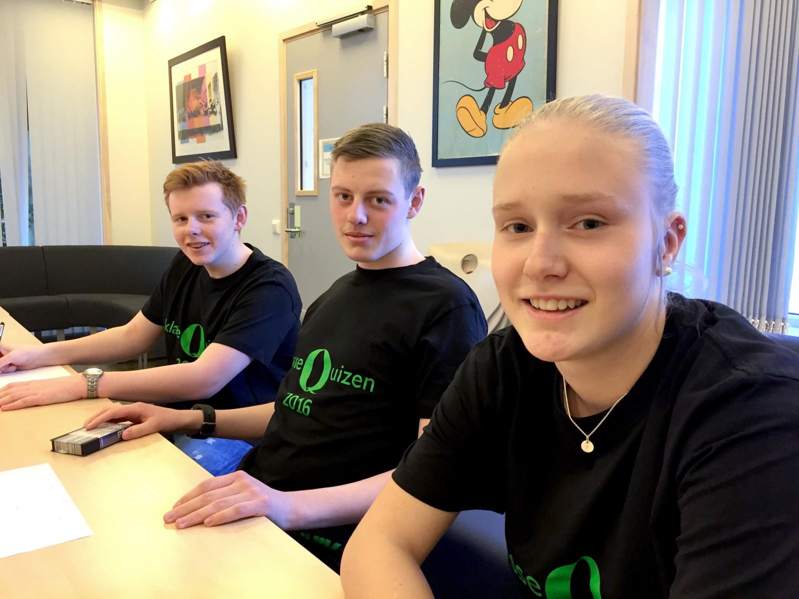 Alexander W. Lyngstad, Arnt Tomas Sundli og Ane Huus fra Støren ungdomsskole fikk 10 poeng.