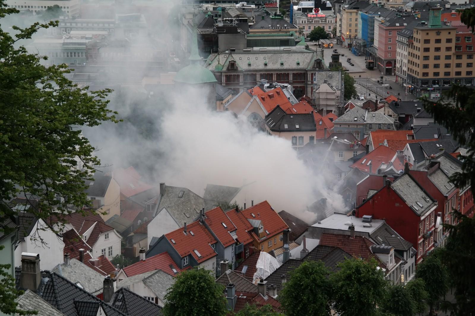 Storbrannen i Bergen, sett fra Skansen.