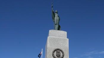 Minnestatue over de falne, Stanley, Falklandsøyene