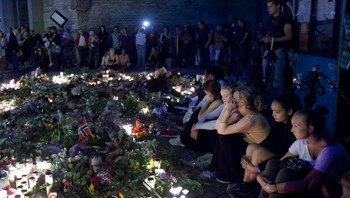 sorg etter terrorangrepene, oslo lørdag
