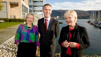 F.v. Liv Signe Navarsete, Jens Stoltenberg og Kristin Halvorsen