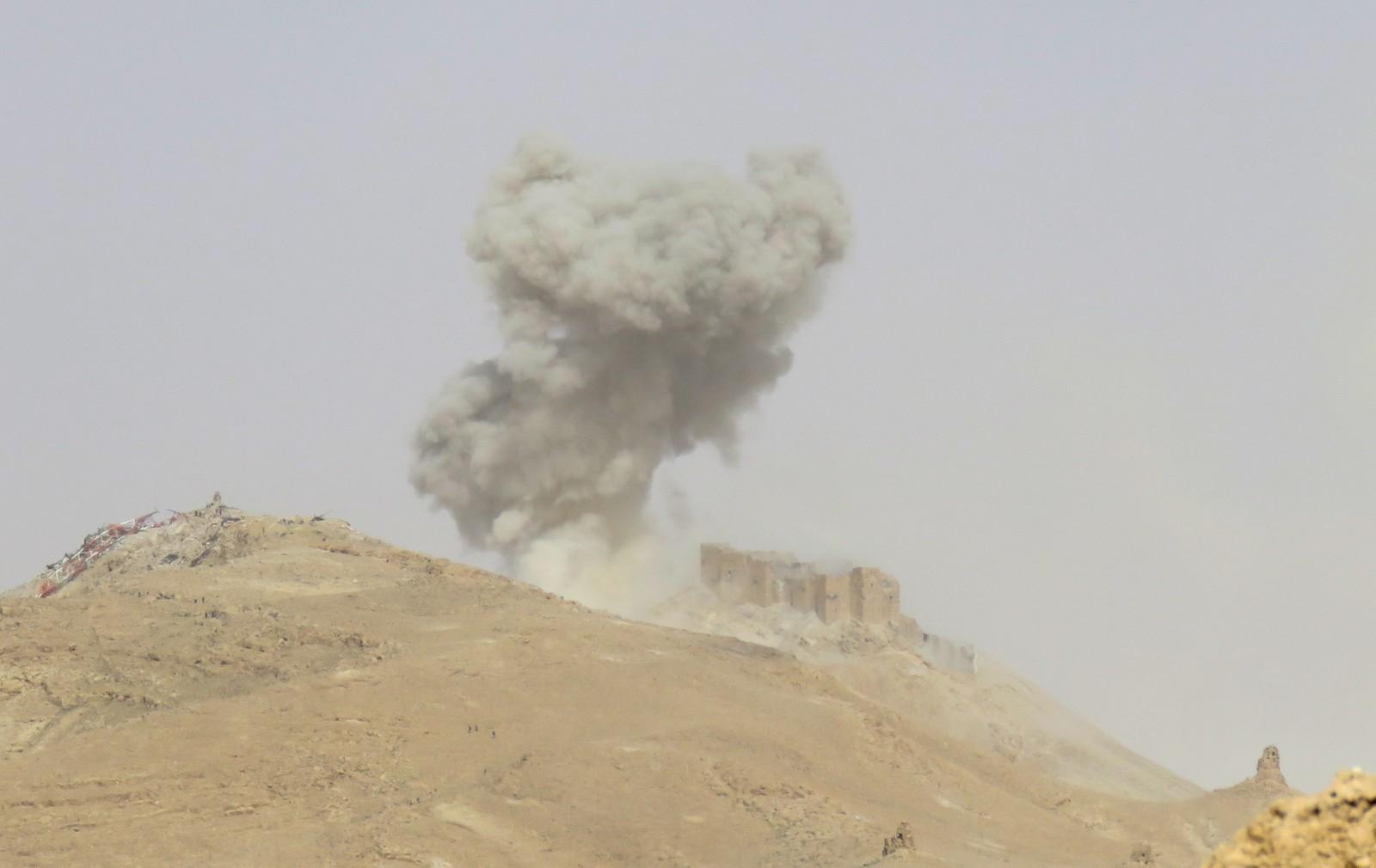IS led et dobbelt tilbakeslag under offensiven. I tillegg til at de ble presset ut av Palmyra, skal deres nestkommanderende ha blitt drept.