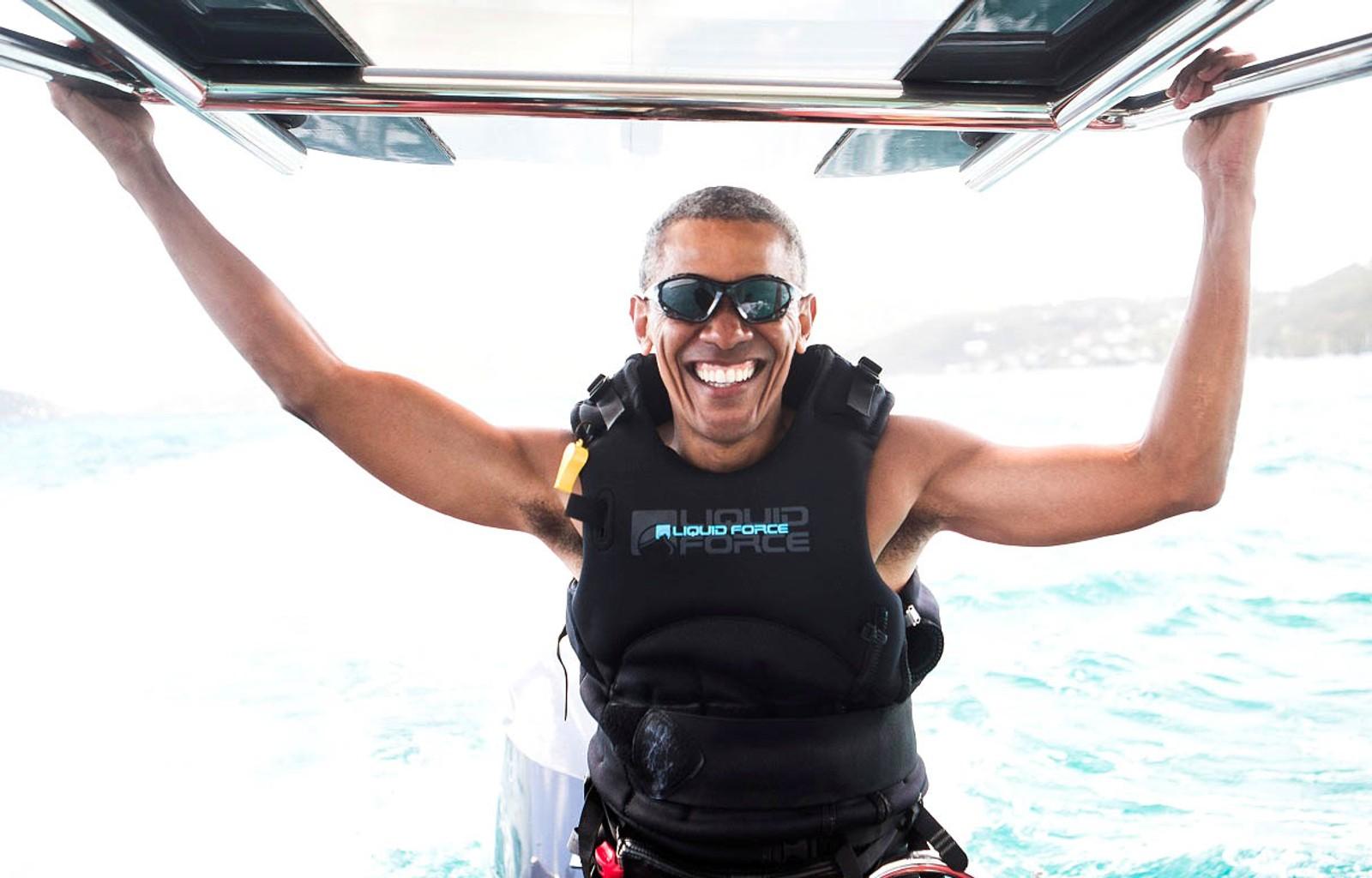 Det ser ganske deilig ut å ikke være president også. Her er Barack Obama på ferie på Jomfruøyene.