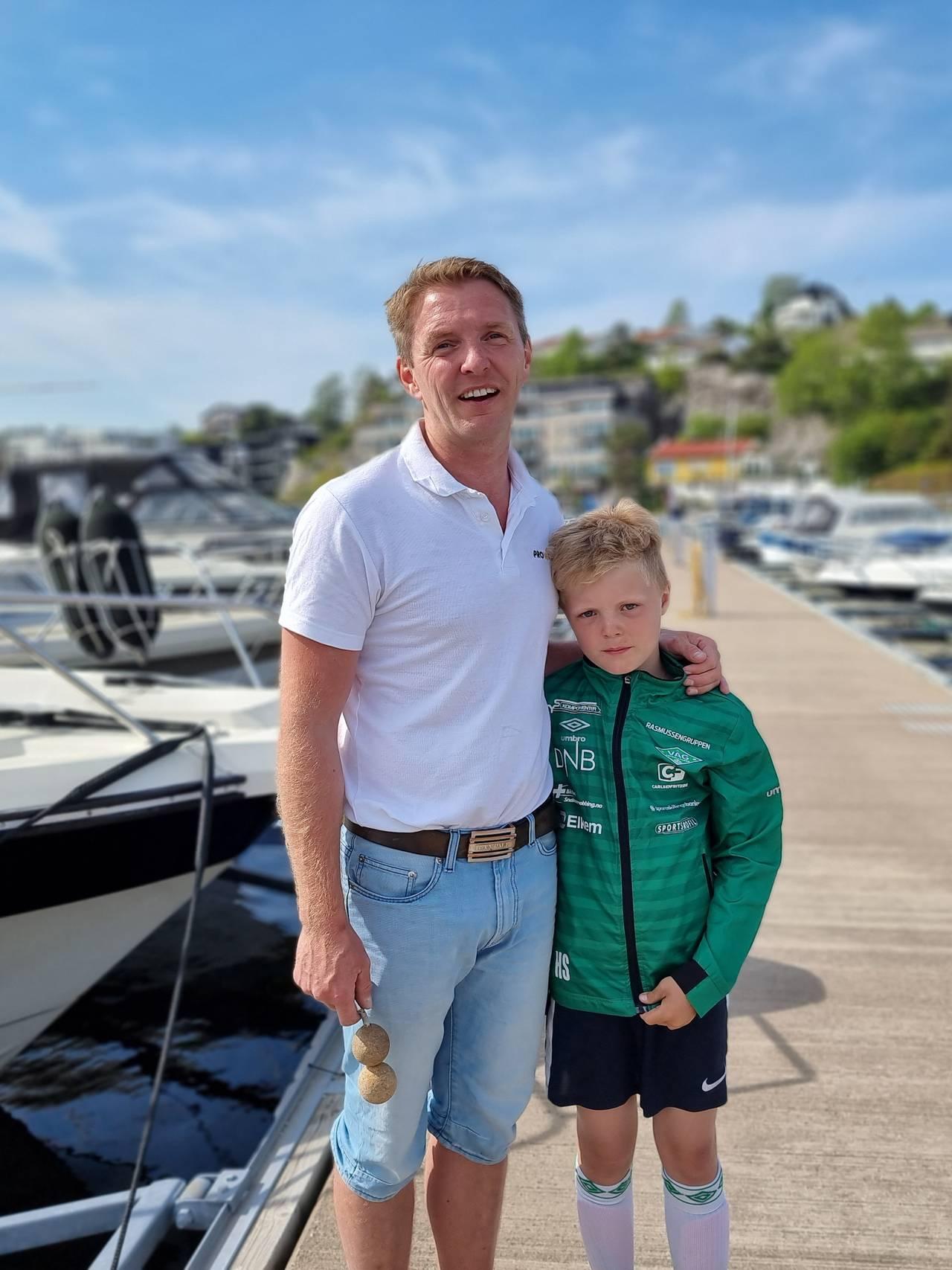 Tommy Sangvik og sønnen Simon Hartvig Sandvik.