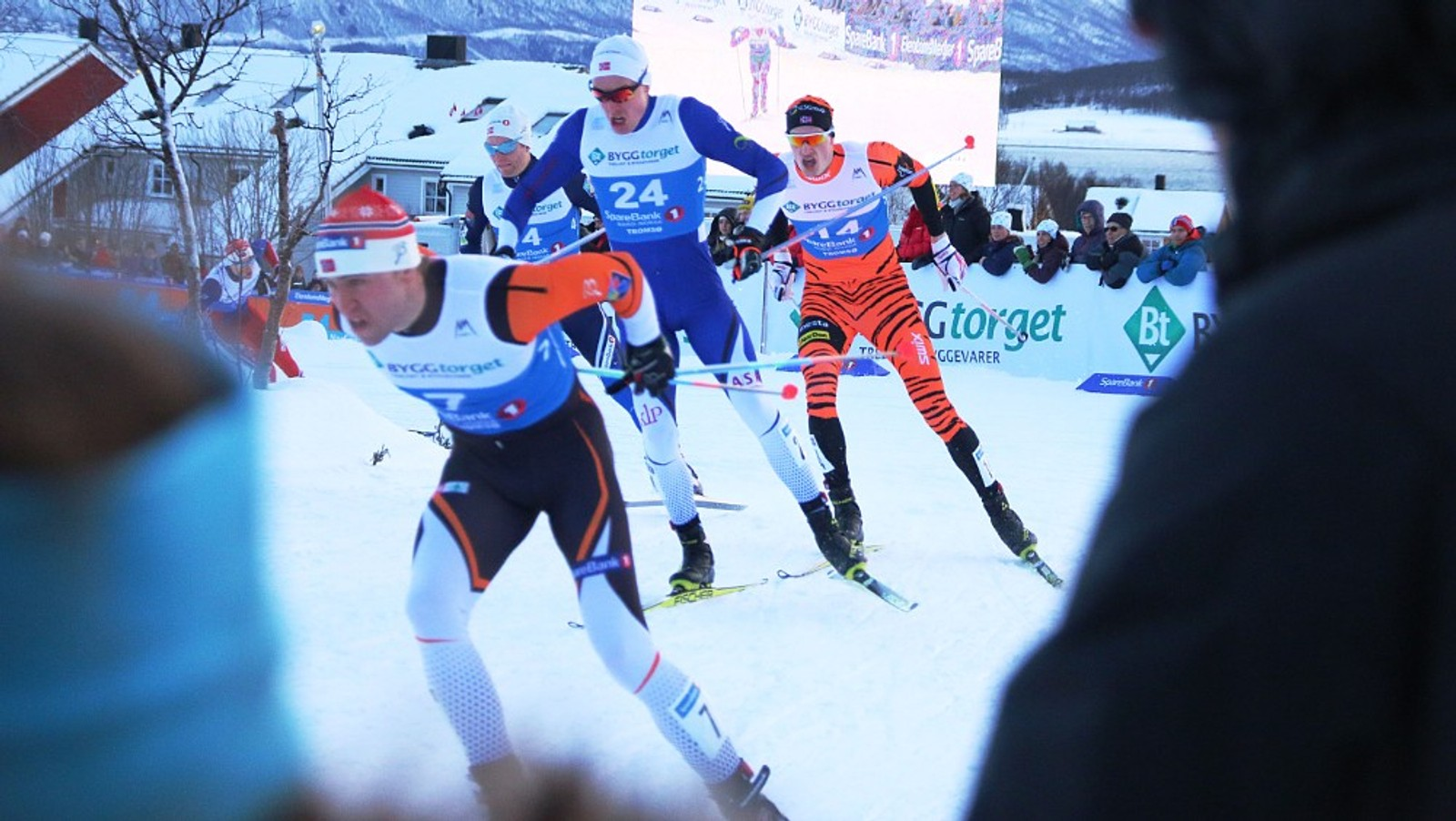 Det gikk fort for seg under sprinten i NM på ski.