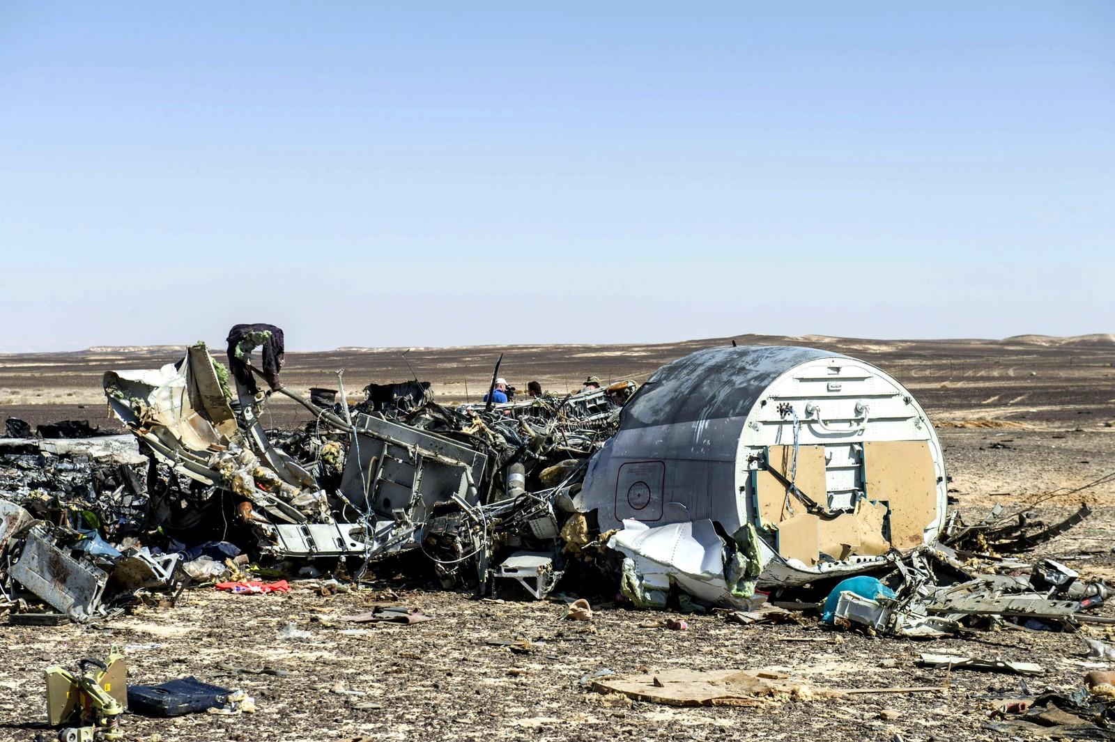 Slik ser vraket til det russiske passasjerflyet som styret på Sinaihalvøya i Egypt.