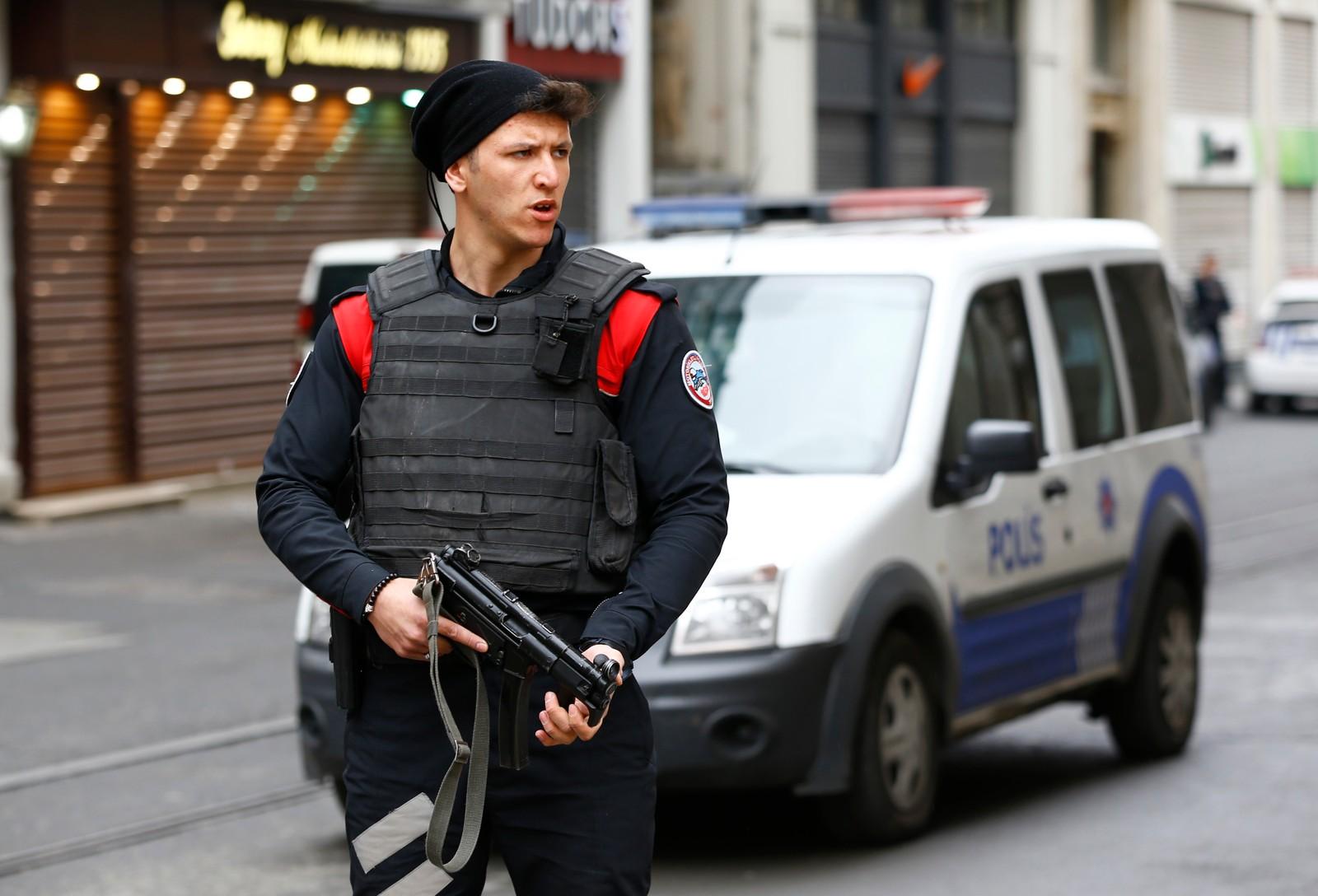 Situasjonen i Tyrkia er spent etter at Istanbul og hovedstaden Ankara er blitt rammet av flere terrorangrep de siste månedene. 37 mennesker ble drept i et selvmordsangrep i Ankara forrige helg.