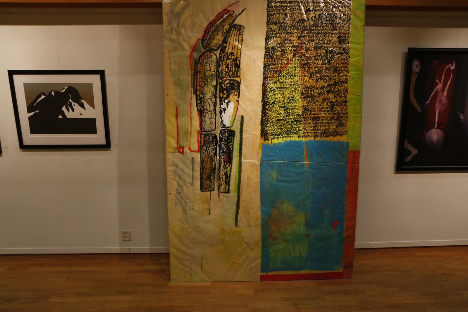 Maria Hjelmeland. Untitled. Olje og sydd collage på plastikk, montert på finer m/plexiglas.