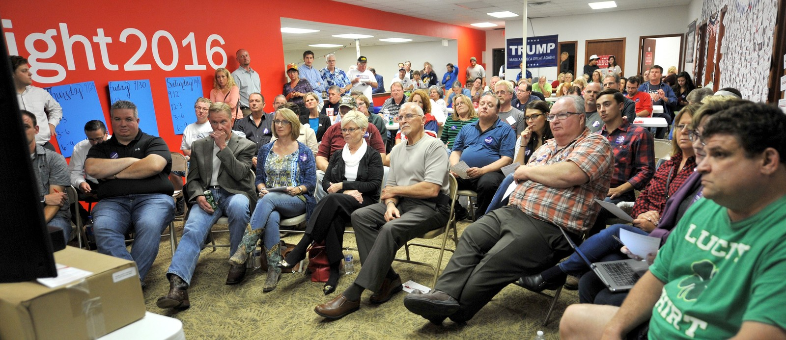 US-PRESIDENTIAL-DEBATE-WATCH-PARTY-IN-URBANDALE,-IOWA. URBANDALE, IA - SEPTEMBER 26: Supporters of Republican Presidential candidate Donald Trump listen to the first of three presidential debates, on September 26, 2016 at the Trump headquarters in Urbandale, Iowa. People across the country tuned in as Republican Presidential candidate Donald Trump and Democratic candidate Hillary Clinton participated in their first debate. Steve Pope/Getty Images/AFP == FOR NEWSPAPERS, INTERNET, TELCOS & TELEVISION USE ONLY == Presidential Debate Watch Party in Urbandale, Iowa.