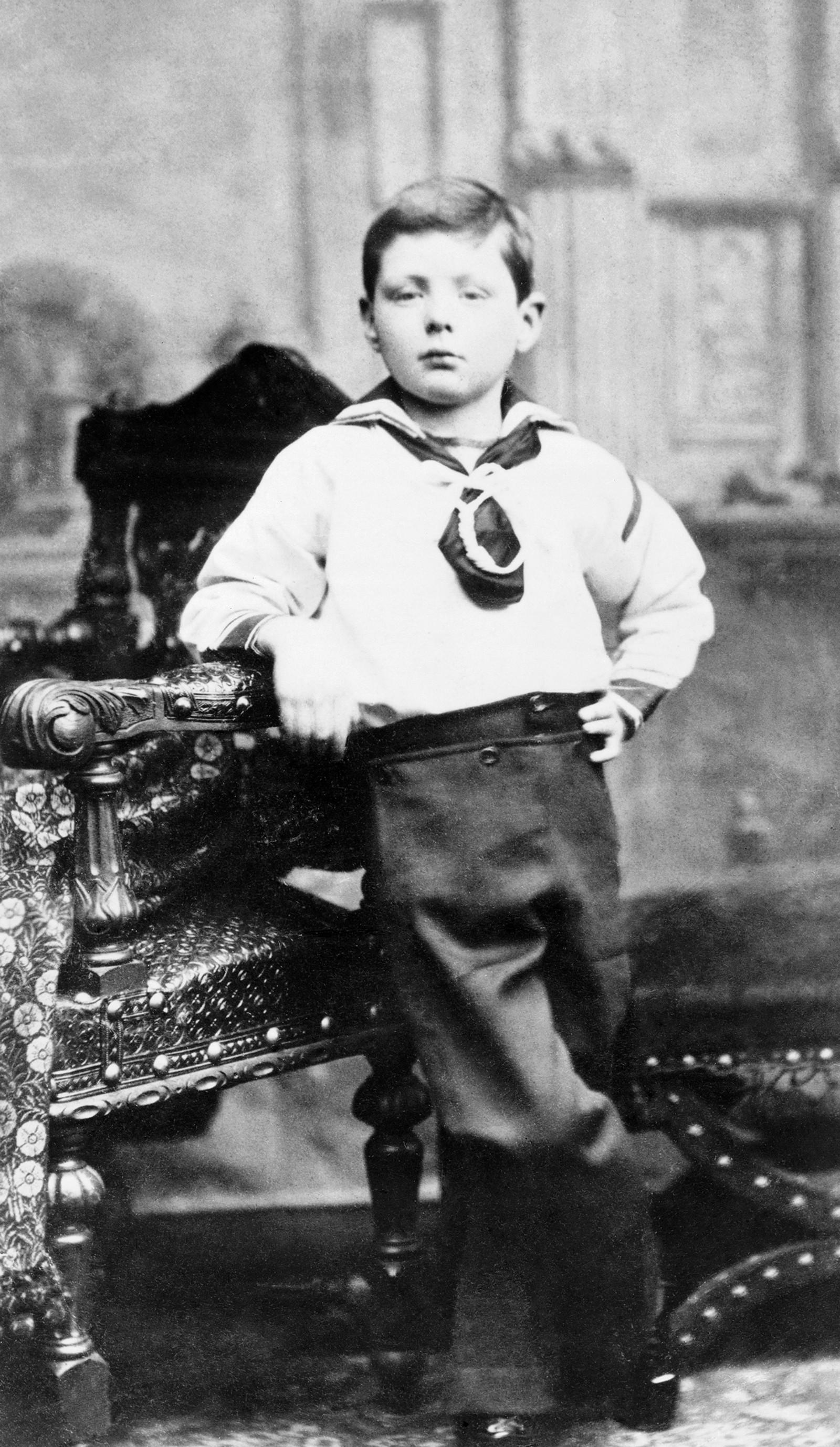 Winston Churchill 7 år gammel, avbildet I Dublin, Irland.